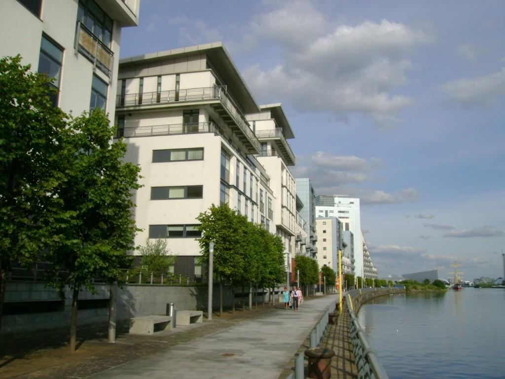 riverside apartment glasgow